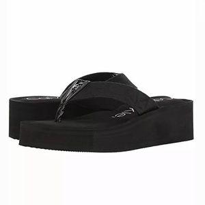 Calvin Klein Mulan Jacquard Black Wedge Slip-On 7